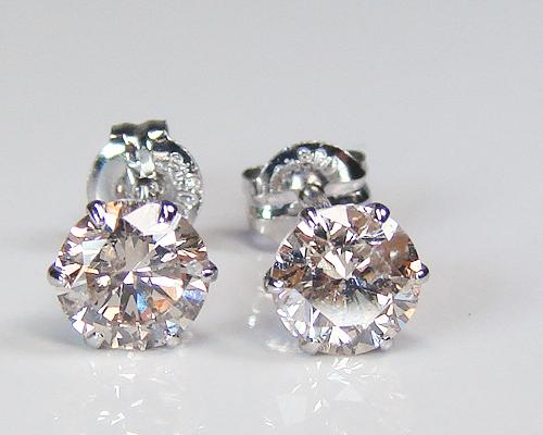 プラチナダイヤピアス合計0.60カラット上質クラス一粒ダイヤモンド!7091【送料無料】【4月誕生石ダイヤ】【レディース,激安,特価,通販】