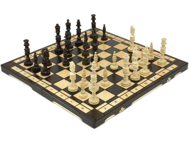 木製チェスセット ポーランド製 手彫り彫刻 56.5cm×56.5cm(ブラウン)  Chess Set チェス ボード ピース 盤 駒 数量限定販売