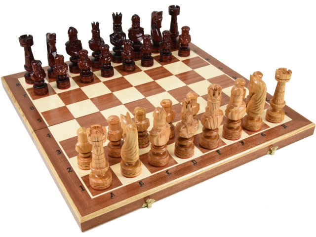 木と手作りの温もり特大高級木製チェスセット:Caesar(カエサル)59.5cm×59.5cm ポーランド製 chess駒盤 数量限定販売