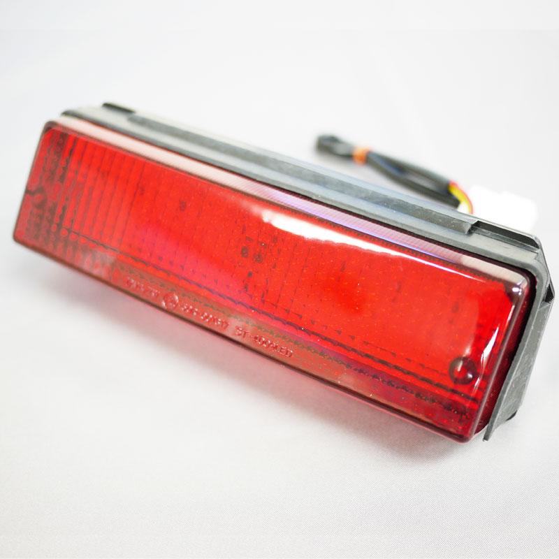 激安セール LED化 高輝度 省電力 GPZ900R GPZ750R パーツ LEDテールランプレッドレンズ カスタム GPZ750R用 ナンバー灯付き 受注生産品