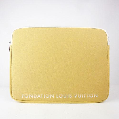 【中古】【送料無料】【LOUIS VUITTON ルイ・ヴィトン】13インチPCケース フォンダシオン パリ限定品 キャメル