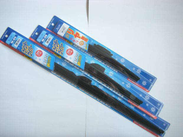 送料無料!雪用冬用スノーワイパーブレードトヨタカローラスパシオ NZE121N&ZZE122N&ZZE124N用1台分3本セット