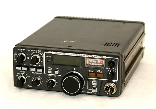 只瑕疵物品特价KENWOOD建伍TR-9300 50MHz ALL MODE TRANSCEIVER(50MHz全部方式发送接收器)收音机赠品话筒在的本体