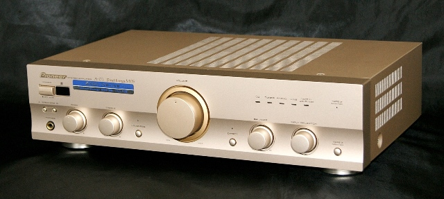 < Junky > PIONEER pioneer A-D1 champin gold stereo pre and main amplifier unit components