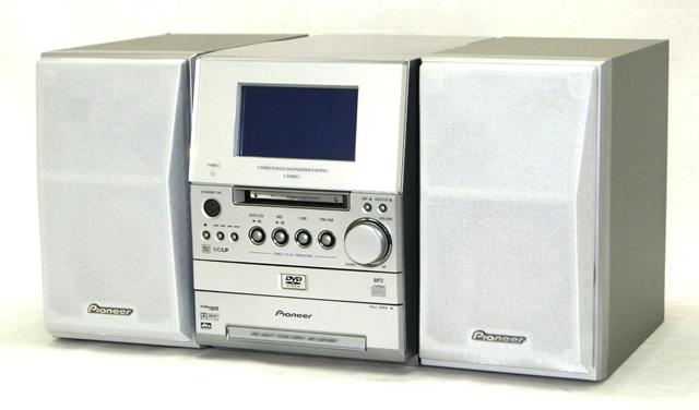 【中古】迅速発送+送料無料!値引交渉歓迎!1点のみ早い者勝ち Pioneer パイオニア X-SV5DV-S シルバー アイディ5DV DVD/MDミニコンポーネントシステム(DVD/CD/MDコンポ)(本体XV-SV5DV-SとスピーカーS-SV5-S-LRのセット)【@YA管理1-53R-BKTE049464JP】