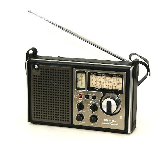 松下電器産業 Panasonic RF-1010 クーガ101 ナショナル 【中古】迅速発送+送料無料!値引交渉歓迎!1点のみ早い者勝ち BCLラジオ 8バンドレシーバー(FM/MW/SW1~SW6)【@YA管理1-53-7A0722B69264】