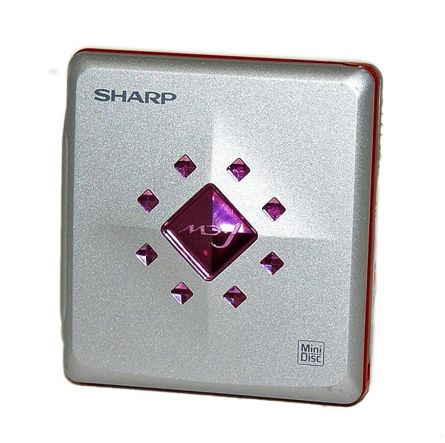 【中古】迅速発送+送料無料+動作保証!値引交渉歓迎! SHARP シャープ MD-ST700-P ピンク ポータブルMDプレーヤー(MD再生専用機) MDLP対応 汎用充電池(未使用品) 1本おまけ【@YA管理1-53-20102221】