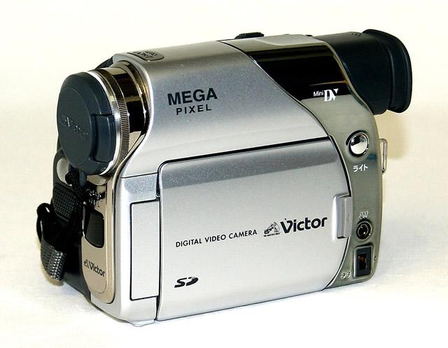 【中古】迅速発送+送料無料+動作保証!!<<概ね美品です>> Victor ビクター JVC GR-D92 デジタルビデオカメラ ミニDV方式 光学10倍ズーム【@YA管理1-53-13920956】