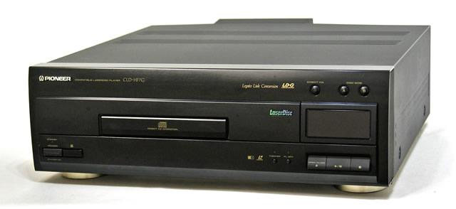 【中古】迅速発送+送料無料+動作保証!! PIONEER パイオニア CLD-HF7G (ブラック) コンパチブルレーザーディスク(LD/CD)プレーヤー リモコン代替品【@YA管理1-53-PL1019516EM】