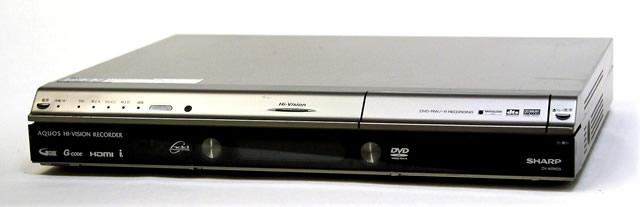 【中古】迅速発送+送料無料+動作保証!! SHARP シャープ DV-ARW25 デジタルフルハイビジョンレコーダー(HDD/DVDレコーダー) HDD:500GB 地デジWチューナー【@YA管理1-53-1135103】