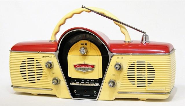 【中古】迅速発送+送料無料+動作保証!値引交渉歓迎! ペニージャパン CICENA Model 261 ポータブルラジオカセット アメリカンクラシックカーデザイン 電池使用不可【@YA管理1-53-OD664113】