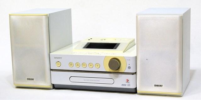 【中古】迅速発送+送料無料+動作保証!値引交渉歓迎! SONY ソニー NAS-D55HD(W) ホワイト HDD搭載ネットワークオーディオシステム NET JUKE (ドック/HDD/CD/チューナーコンポ)(本体NAS-D55HDとスピーカーSS-D55HDのセット)【@YA管理1-53-2233358】