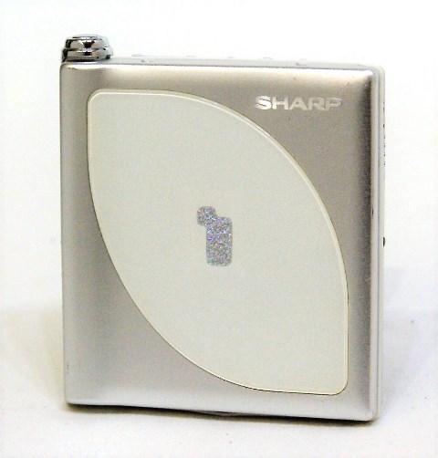【中古】迅速発送+送料無料+動作保証!! SHARP シャープ MD-DP700-W ホワイト ポータブルミニディスクプレーヤー(MD再生専用機) MDLP対応【@YA管理1-53-70129735】