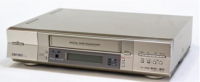 【中古】迅速発送+送料無料!値引交渉歓迎! 《訳あり(一部保証対象外)》※D-VHS機能使用不可 HITACHI 日立 DT-DR1 デジタルハイビジョンビデオ(D-VHS/S-VHS/VHSビデオデッキ) 地デジチューナー非搭載 リモコン代替品【@YA管理1-53-11214568】