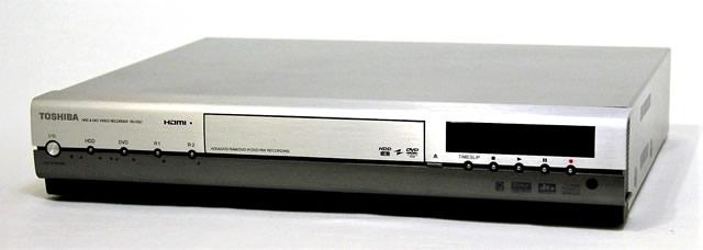 【中古】迅速発送+送料無料+動作保証!値引交渉歓迎! TOSHIBA 東芝 RD-XS57 HDD&DVDビデオレコーダー(HDD/DVDレコーダー) HDD:300GB 地デジチューナー非搭載【@YA管理1-53-PL15Y00257】