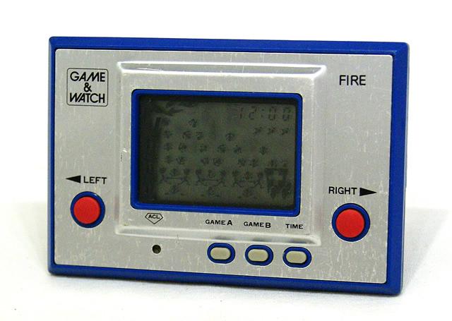 【中古】迅速発送+送料無料+動作保証!! Nintendo 任天堂 RC-04 ファイア(FIRE) GAME&WATCH ゲーム&ウォッチ(ゲームウォッチ) シルバーシリーズ 本体のみ アラーム機能なし※液晶やきつき有【@YA管理1-8-0056797】