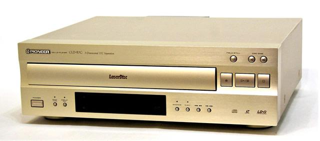 【中古】迅速発送+送料無料+動作保証!! PIONEER パイオニア CLD-R7G (ゴールド) コンパチブル(CD/LD)プレーヤー レーザーディスクプレーヤー【@YA管理1-53-SHFM008854JP】