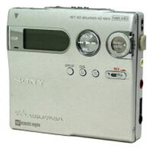 【中古】迅速発送+送料無料+動作保証!値引交渉歓迎! SONY ソニー MZ-N910-S シルバー ポータブルMDレコーダー MDLP対応【@YA管理1-53-I291086】