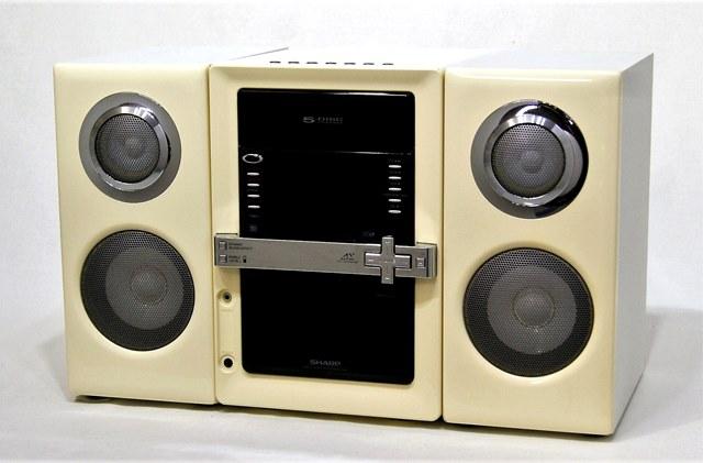 【中古】迅速発送+送料無料+動作保証!! SHARP シャープ SD-GX2-W ホワイト 1ビットデジタルシステム(CD/MD/カセットコンポ)(本体SD-GX22-WとスピーカーSD-GX2-Wのセット)【@YA管理1-53-80114689】