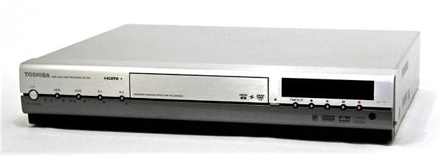 【中古】迅速発送+送料無料+動作保証!値引交渉歓迎! TOSHIBA 東芝 RD-XS57 HDD&DVDビデオレコーダー(HDD/DVDレコーダー) HDD:300GB【@YA管理1-53-PL15611238】