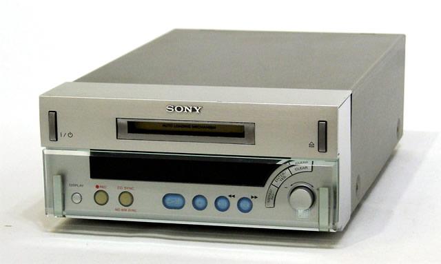 【中古】迅速発送+送料無料+動作保証!値引交渉歓迎! SONY ソニー MDS-SD1 シルバー MDデッキ システムコンポ