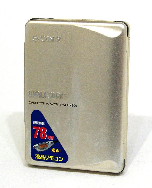 【中古】迅速発送+送料無料+動作保証!値引交渉歓迎! SONY ソニー WM-EX900 シルバー カセットウォークマン(ポータブルカセットプレーヤー)再生専用機【@YA管理1-53-I126860】