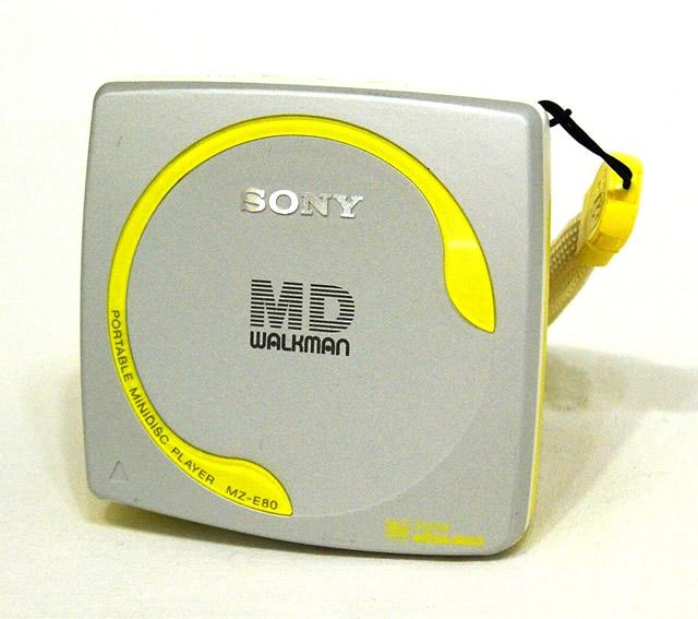【中古】迅速発送+送料無料+動作保証!値引交渉歓迎! SONY ソニー MZ-E80-S シルバー MDウォークマン(MD再生専用機/MDプレーヤー)【@YA管理1-53-237330】