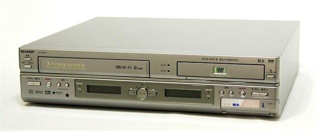 メーカー:SHARP 発売日:2004年1月28日 【中古】迅速発送+送料無料+動作保証!! SHARP シャープ DV-RW200 HiFiビデオ一体型DVDレコーダー(VHS/DVDレコーダー) 【@YA管理1-53-7129427】