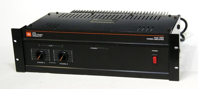 【中古】迅速発送+送料無料+動作保証!! JBL/UREI Model 6230 デュアルチャンネルパワーアンプ ビンテージ ヴィンテージ レトロ アンティーク【@YA管理1-53-12031】