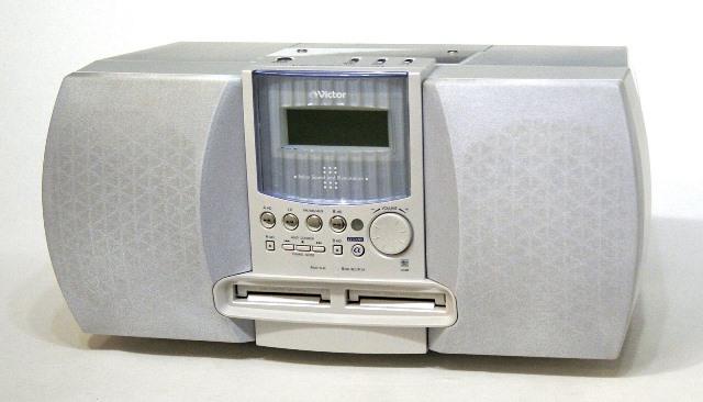 【中古】迅速発送+送料無料+動作保証!!<<ランクAの美品です>> Victor ビクター JVC NS-X77WMD-W ホワイト コンパクトコンポーネントMDシステム ダブルMDデッキ (CD/MDデッキ) 専用リモコン付【@YA管理1-53-088C2326】