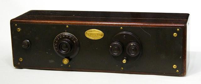 【中古】迅速発送+送料無料+動作保証!! 《整備品》 ATWATER KENT Model 33 DC電源 真空管ラジオ MW(中波)のみ 1927年米国製 ビンテージ ヴィンテージ レトロ アンティーク【@YA管理1-53-2115035】