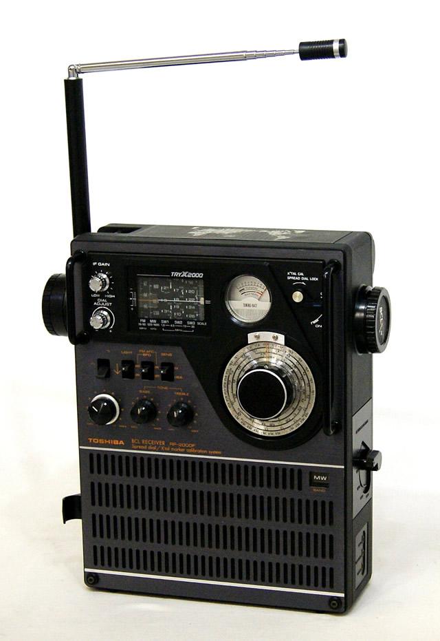 【中古】迅速発送+送料無料+動作保証!! TOSHIBA 東芝 RP-2000F TRY-X2000 BCLラジオ 5バンドレシーバー (FM/MW/SW1/SW2/SW3) ビンテージ ヴィンテージ レトロ アンティーク【@YA管理1-53R-66481294】