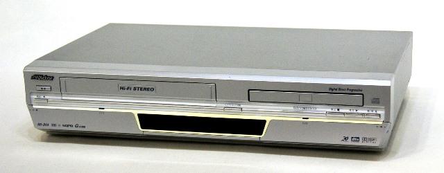 メーカー:Victor・JVC 発売日:2004年6月 【中古】迅速発送+送料無料+動作保証!! Victor ビクター JVC HR-DV4 VTR一体型DVDプレーヤー (VHS/DVDプレーヤー) リモコン代替品【@YA管理1-53-129B1615】