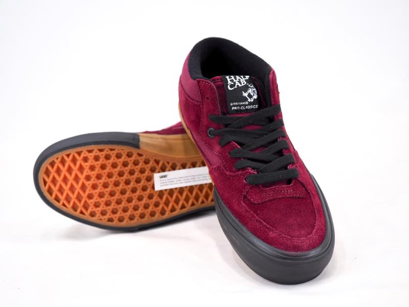 ISPACK WORLD WIDE WEB STORE  The stylish model whom a color of the VANS  station wagons vans half cab pro sole is divided into! split foxing Port  Royal ... a48ecc8d8