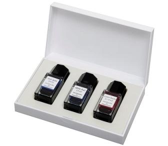 書く喜びと楽しみを広げる彩り豊かなインキシリーズ パイロット ご予約品 一般書記用インキ iroshizuku mini 色彩雫 買い物 推奨3セット INK-15-3C-B 15ml Bセット