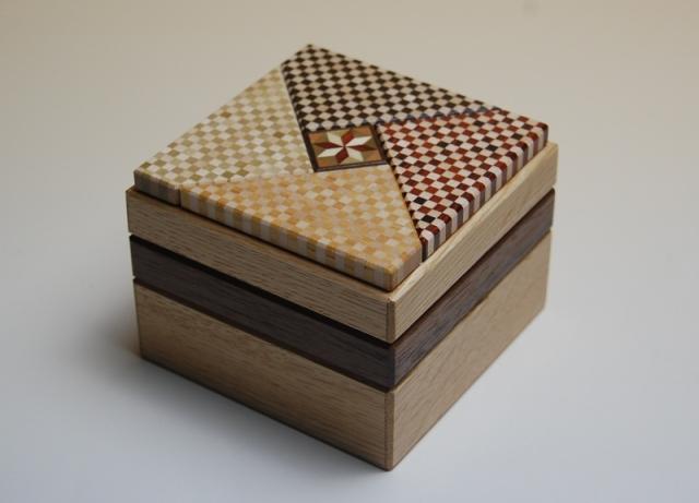 【寄木細工 からくり箱】秘密基地