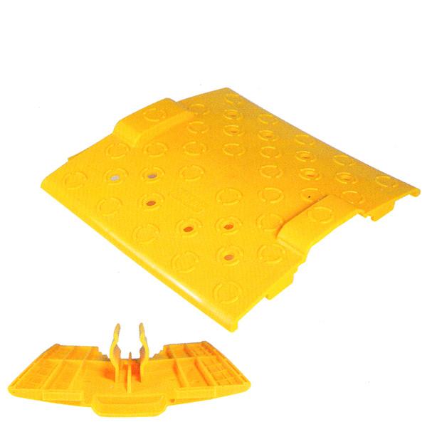 スペースカバー:黄色(樹脂製) 20枚セット。AR-2309 Φ42.7パイプ用。足場板(布板)と足場板(布板)の隙間をなくします。安全機材。42.7Φパイプカバー,プラスチック(強化ポリプロピレン)カバー(樹脂製)アラオ
