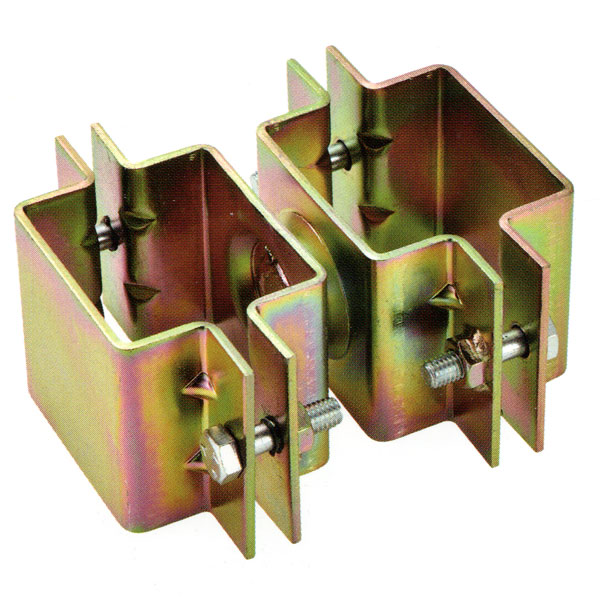 100角角クランプ(直交) 角100×角100 6個セット 角パイプ用クランプ。大口径角クランプ,特殊クランプ,角100(mls)