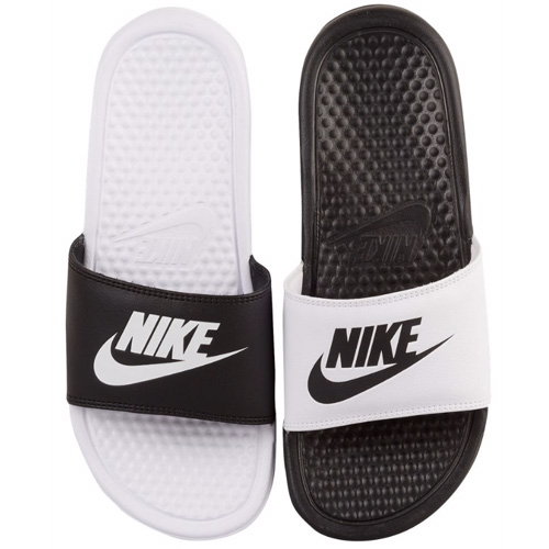 Nike ベナッシ 샤워 샌들 나이키 샌들 여성용 JDI 불일치 슬라이드 Nike Women 's Benassi JDI Mismatch Slide Black White 02P01Oct16