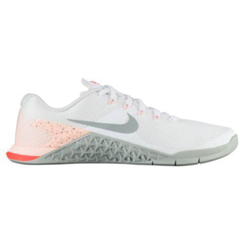 (取寄)ナイキ レディース メトコン 4 トレーニングシューズ スニーカー Nike Women's Metcon 4 White Light Pumice Crimson Tint