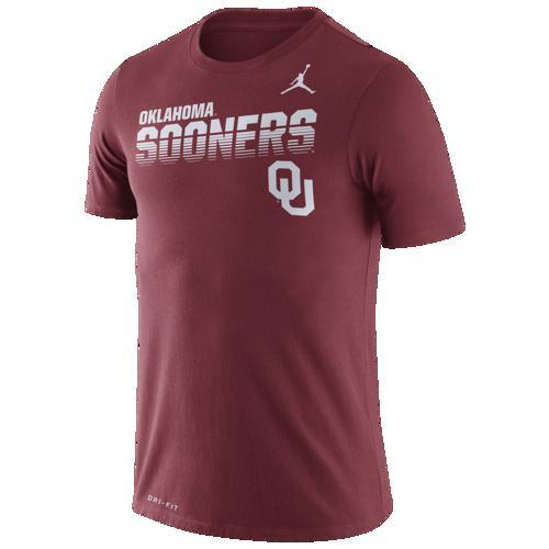 (取寄)ジョーダン メンズ カレッジ サイドライン レジェンド ロゴ Tシャツ オクラホマ スーナーズ Jordan Men's College Sideline Legend Logo T-Shirt オクラホマ スーナーズ Team Crimson