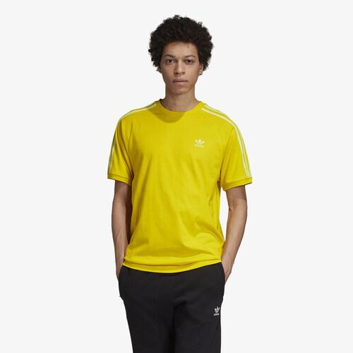 adidas アディダス トップスショート ファッション ブランド クーポンで最大2000円OFF 取寄 メンズ T-Shirt Yellow Men's カリフォルニア 大規模セール お得クーポン発行中 オリジナルス Tシャツ Originals California