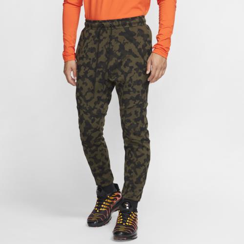 (取寄)ナイキ メンズ テック フリース AOP カモ ジョガー Nike Men's Tech Fleece AOP Camo Joggers Medium Olive Black