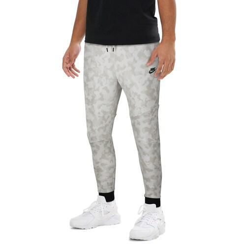 (取寄)ナイキ メンズ テック フリース AOP カモ ジョガー Nike Men's Tech Fleece AOP Camo Joggers Summit White Black