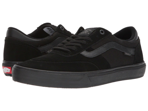 e3c0119c50 (order) professional player Vans (vans) sneakers Gilbert Crockett 2 men s  Vans Men s Gilbert Crockett Pro 2 (Suede) Blackout