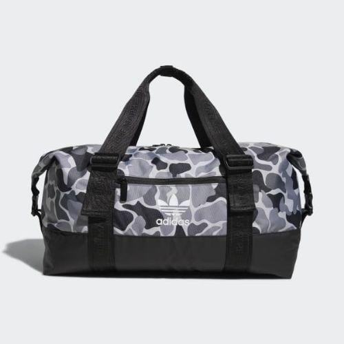 (取寄)アディダス オリジナルス メンズ ウィークエンダー ダッフル バッグ ダッフルバッグ adidas originals Men's Weekender Duffel Bag Grey Camo