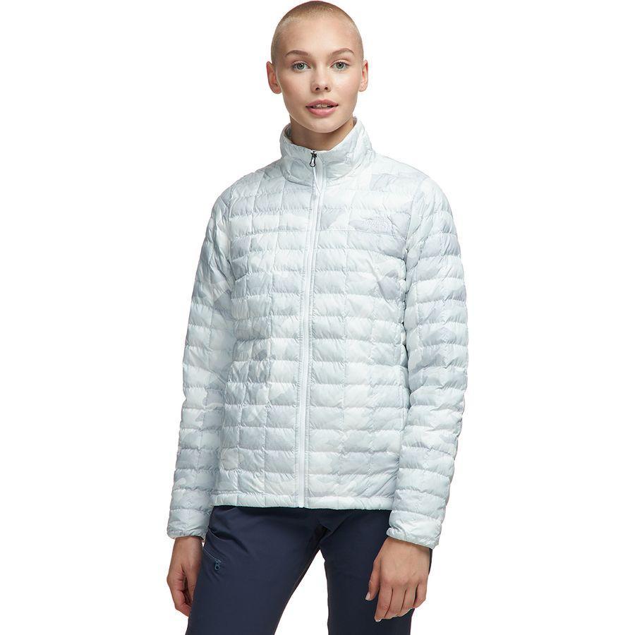 【ハイキング 登山 マウンテン アウトドア】【ウェア アウター】【山ガール ファッション ブランド】【大きいサイズ ビッグサイズ】 (取寄)ノースフェイス レディース サーモボール エコ インサレーテッド ジャケット The North Face Women Thermoball Eco Insulated Jacket Tnf White Waxed Camo Print