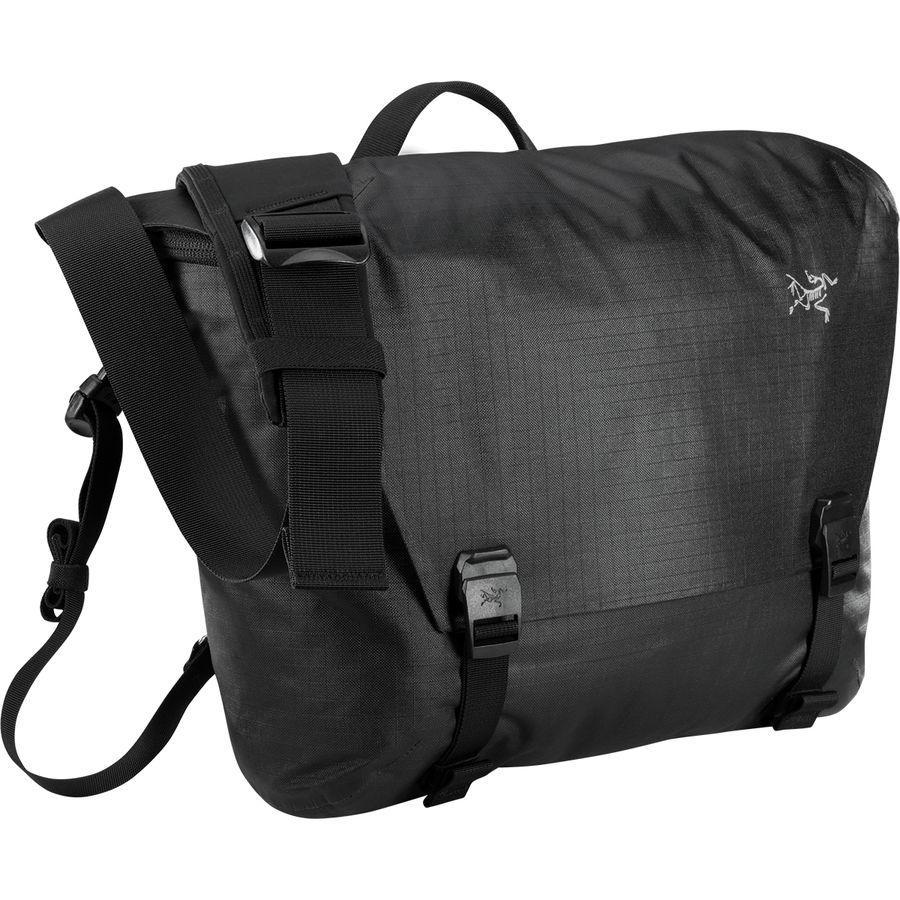 (取寄)アークテリクス ユニセックス グランビル 10Lクーリエ バッグ Arc'teryx Men's Granville 10L Courier Bag Black
