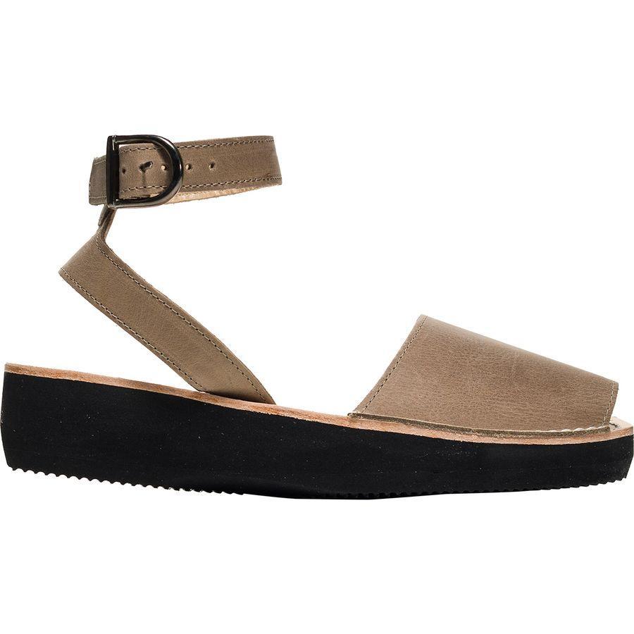 (取寄)アヴァルカ ポンズ レディース メディティレーニアン サンダル Pons Avarcas Women Mediterranean Sandal Taupe
