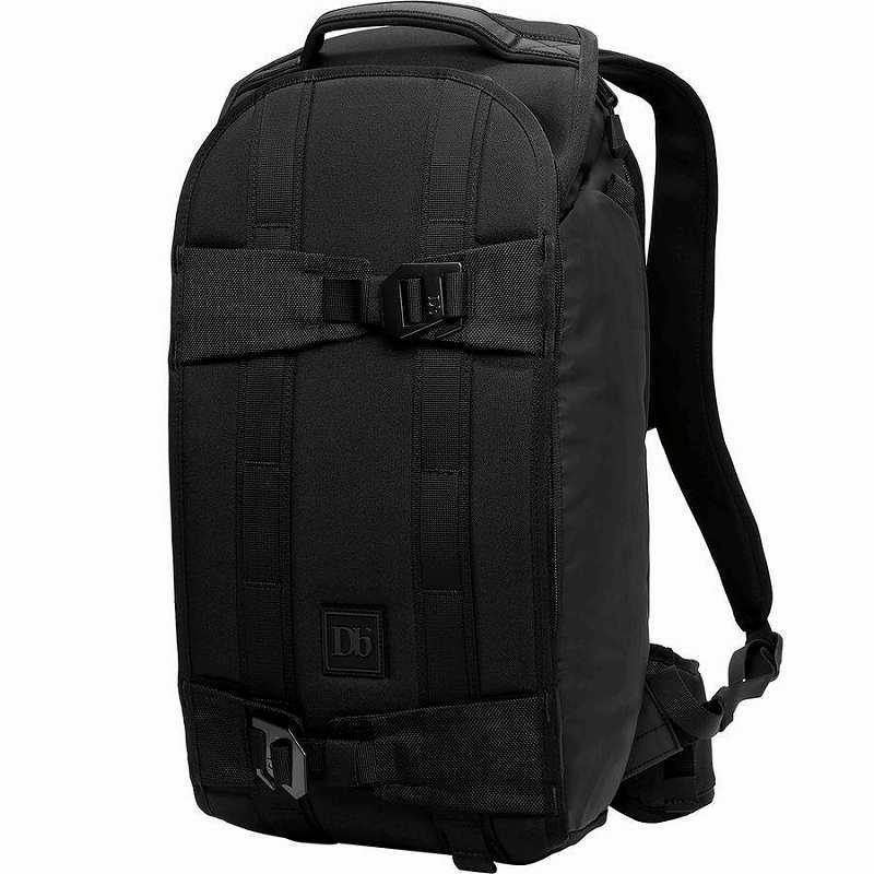 (取寄)Db ユニセックス ザ エクスプローラ バックパック Db Men's The Explorer Backpack Black Out